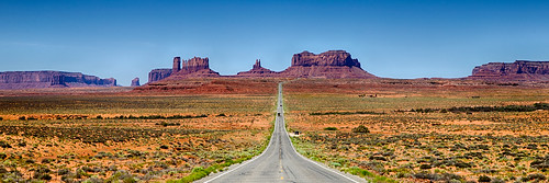 Forrest Gump Point, Monument Valley, Utah | by Desires Photo