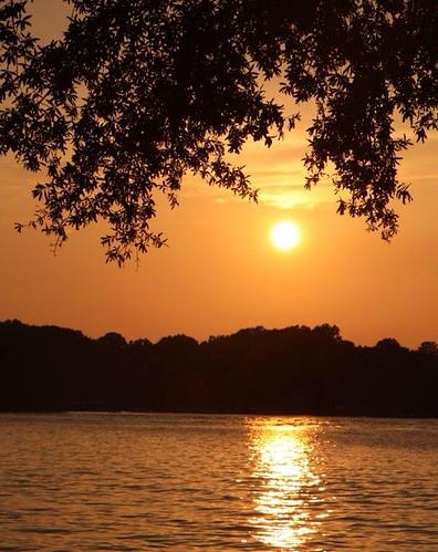 rebeccamcleanharper theponderosaharper lake sunset mtnmac landscape mcleanharper