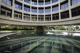 Hirshhorn Museum - Washington DC | by Phil Marion (176 million views - THANKS)