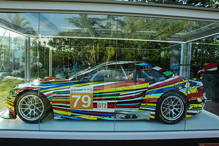 BMW-M3-GT2-by-Jeff-Koons-2010-09