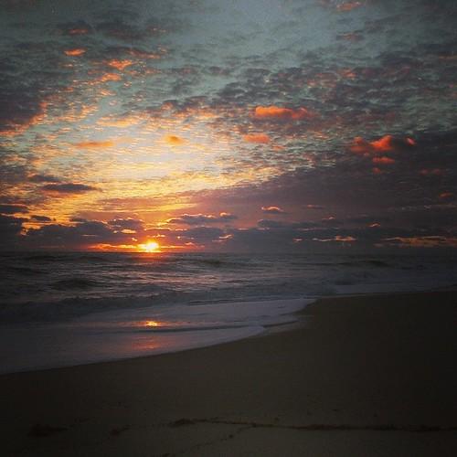 instagramapp square squareformat iphoneography uploaded:by=instagram unknown foursquare:venue=4c26a3e1136d20a19dc5e561 htcevo4glte htcevo4gltesmartphone florida sebastianbeachinn androidphotography htc beachsunrise beach sand outdoor shore coast seaside sea landscape ocean water sky clouds