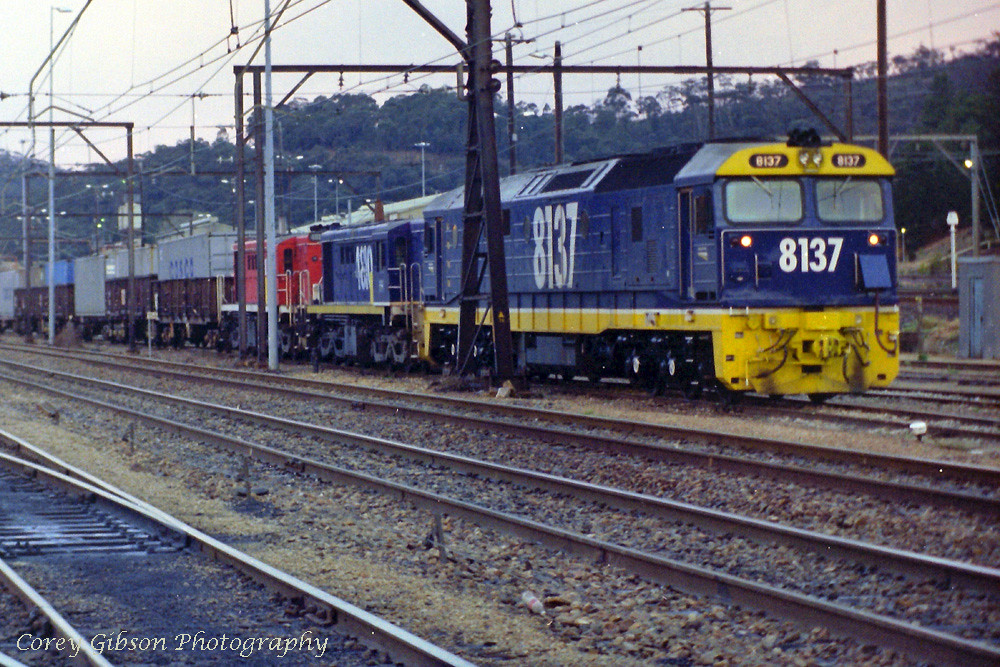 8137 waits to depart Lithgow by Corey Gibson