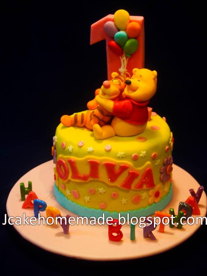 Cool Winnie The Pooh Birthday Cake A Photo On Flickriver Funny Birthday Cards Online Necthendildamsfinfo