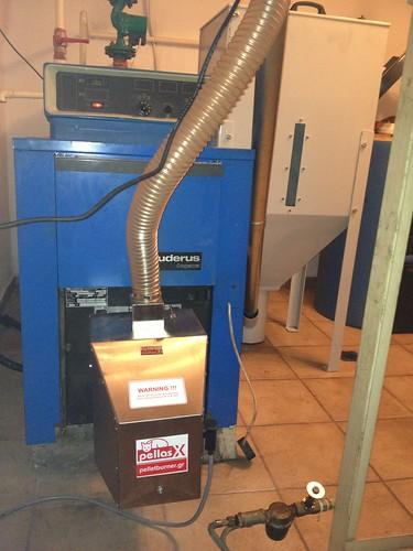 Καυστήρας Pellas X σε λέβητα πετρελαίου Buderus | by energon - Pellet Systems