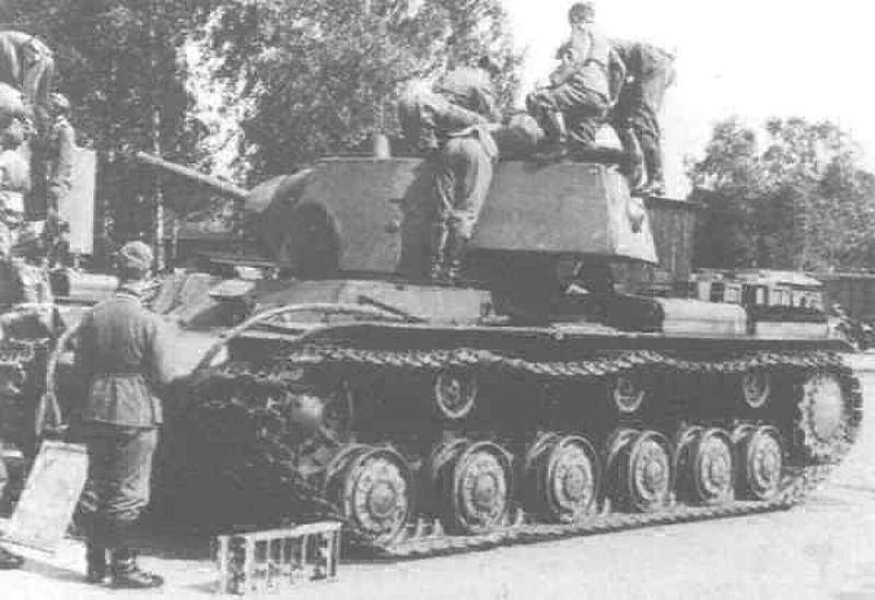 KV-1 KV-2 (9)