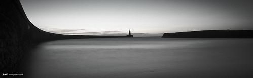 light house sunrise pier north east shore seaham sr7