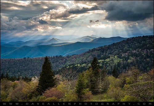 greatsmokymountains blueridgeparkway mygearandmegold smokies landscape northcarolina nc tn asheville cherokee appalachian mountains rays light sunbeams