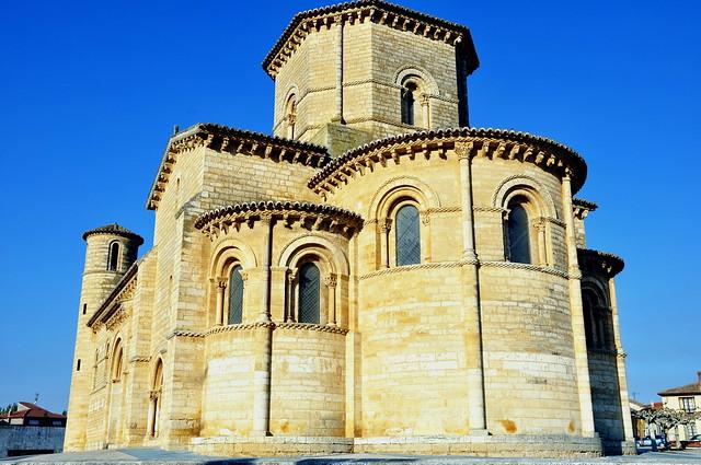260 - Cabecera - Iglesia San Martín - Frómista (Palencia) - Spain.