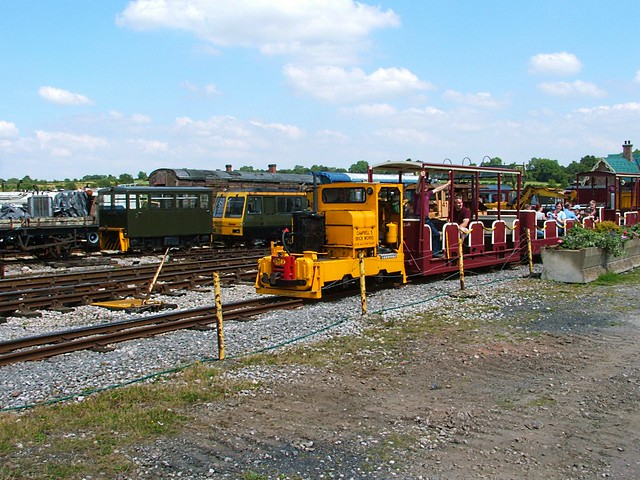 Campbell Brick Works, Simplex Loco, now running on the Golden Valley Railway, at the Midland Railway Centre. 2008