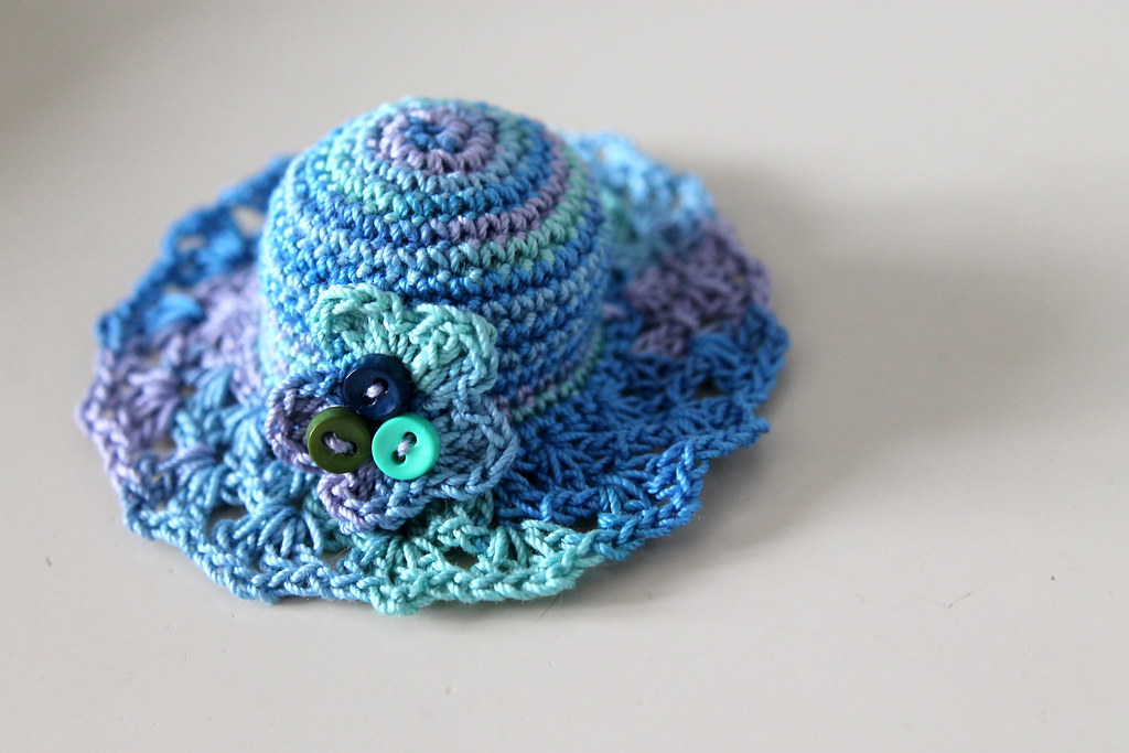 Springtime Straw Hat Doll Clothes Crochet Pattern For 14-14.5 Inch ... | 683x1024