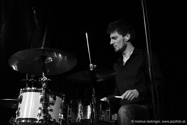 Marc Bruckner: drums / Transceivers