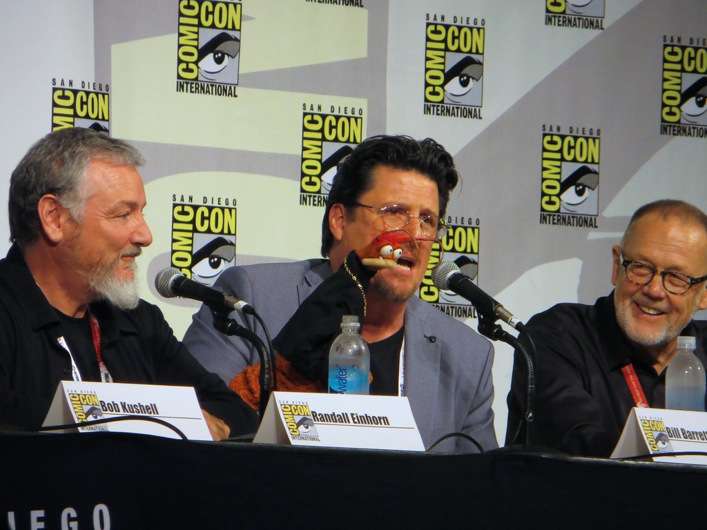 Pepe the Prawn (with Bill Barretta) | At the SDCC 2015 ...