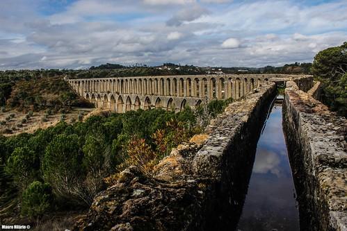 portugal ribatejo water landscape monument building historic outdoor long lines beautiful aqueduct