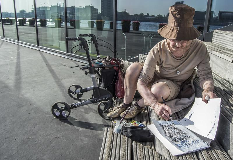 Woman painting in Amsterdam Noord