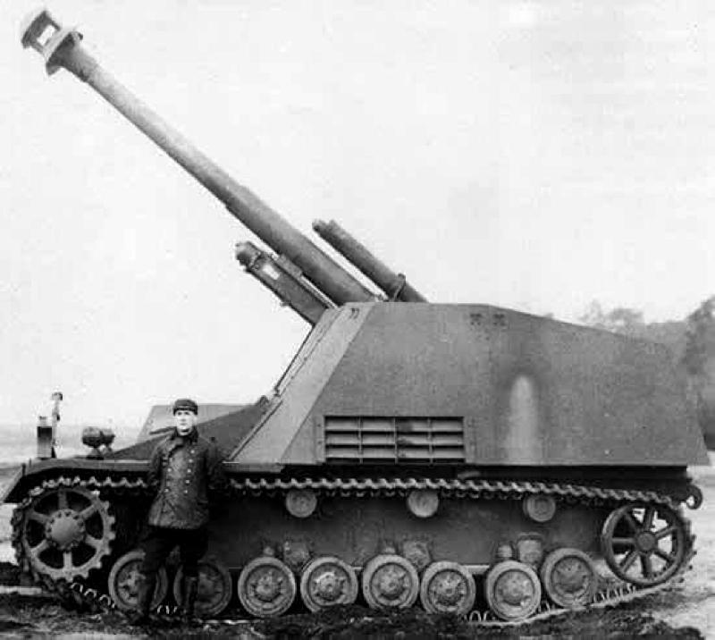 Hummel SdKfz165