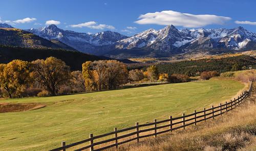 colorado sanjuanmountains sneffelsrange doublerlranch pasture fallfoliage autumn mountains snowcappedmountains peaks