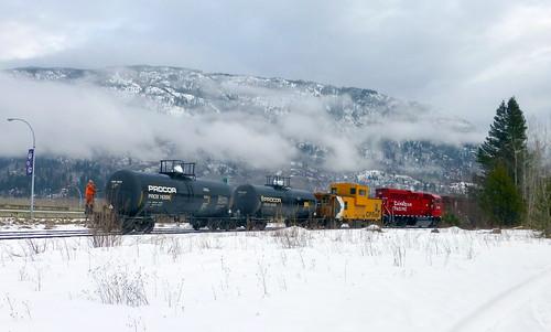 canada train bc diesel rail railway caboose cpr castlegar p1170920