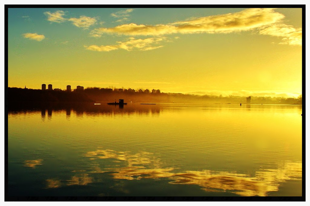 Good Morning from Scotland Sunrise in the park by George Young   Via Flickr:  Early morning at Strathclyde loch Motherwell