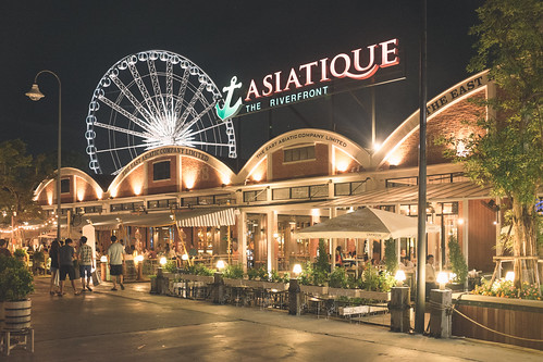Asiatique | by Mike Saechang