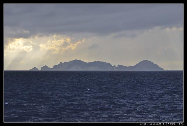 L'isola/The island