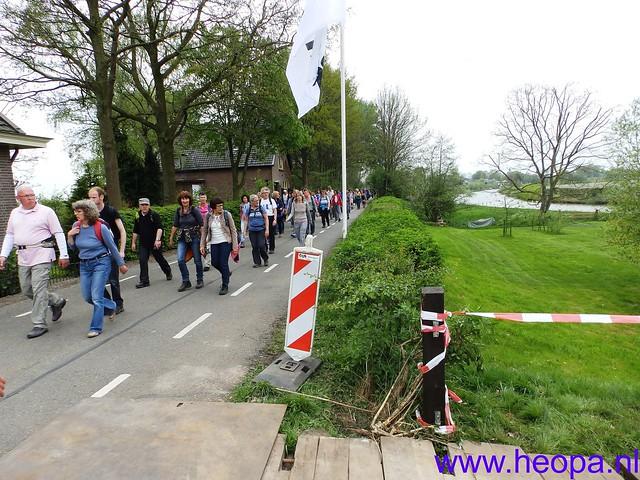 12-04-2014   22e Rodekruis  - Bloesemtocht    30 Km     (129)