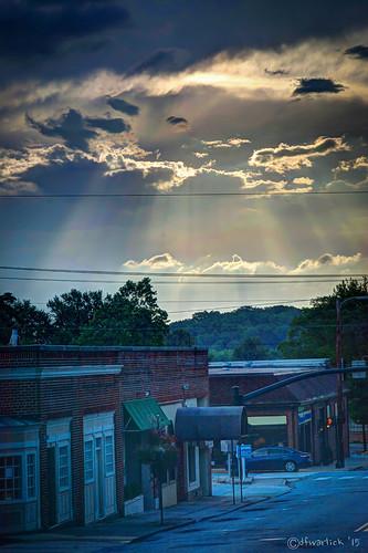 postprocessed sunrise unitedstates northcarolina hendersonville sunrays hdr postprocessing hendersonvillenc adobelightroom