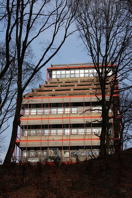 Ruhr-Universität Bochum, III