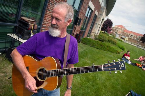Tom and Guitar