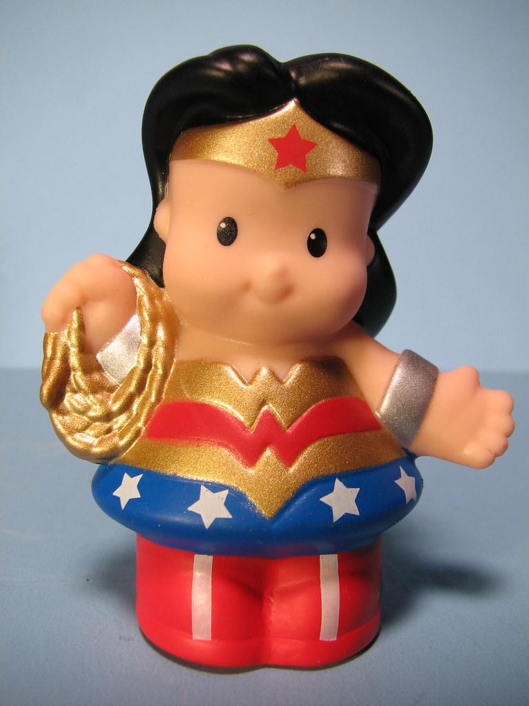 Fisher Price Little People DC Super Friends Heroes Wonder Woman Figure