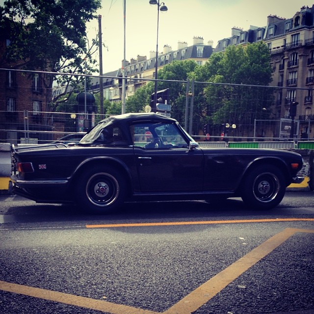 Old car in Paris