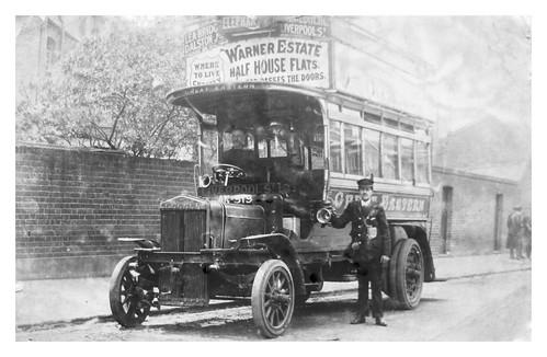 LONDON OMNIBUS, STRAKER SQUIRE 1906