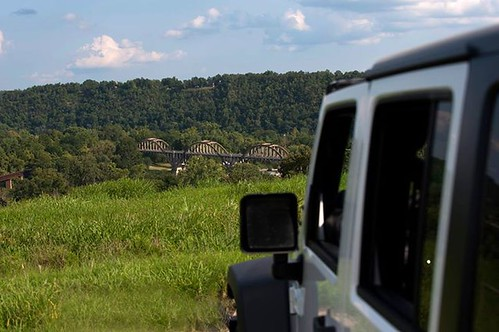 nikon ar jeep country 4wd whiteriver arkansas unlimited jk wrangler rubicon cotter madeinamerica 2013 70200mmf28 d700 troutcapitoloftheworld adventuresofrubythejeep