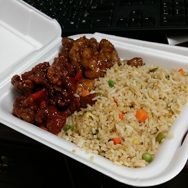 I love Chinese food! @hyperkind808 #fuckdatsong #ineededthecarbsthough