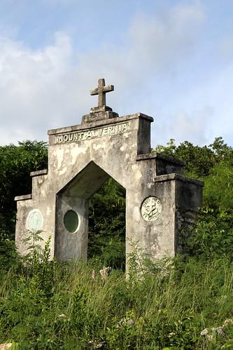 flickr country bahamas highestpoint catisland mountalvernia 63m comohill 207ft