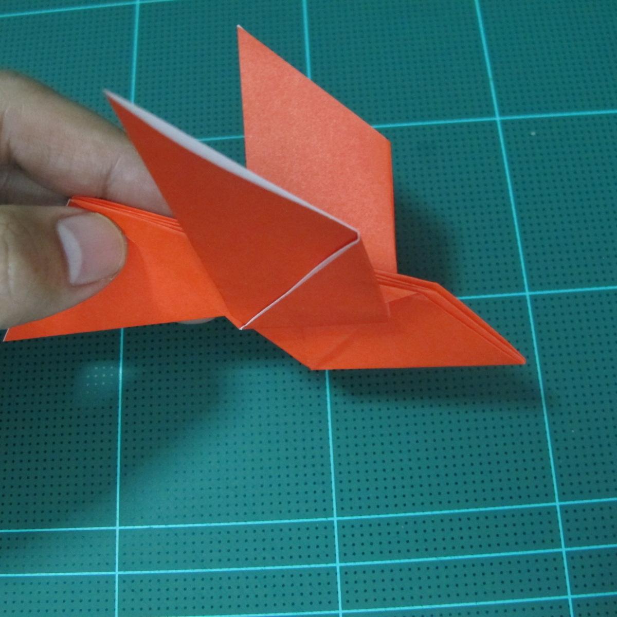 การพับกระดาษเป็นนกพิราบ (Origami pigeon) 00029