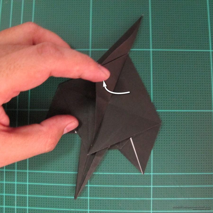 วิธีการพับกระดาษเป็นรูปจิงโจ้ (Origami Kangaroo) 013