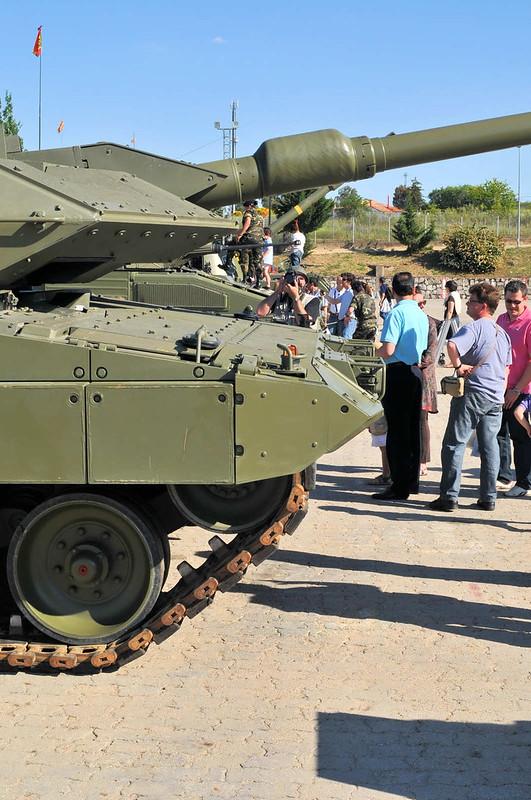 Leopard 2E (7)