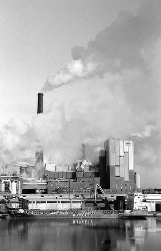 Sunila paper mill, Kotka   by kmether