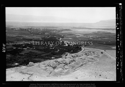 archaeology ancienthistory middleeast aerial libraryofcongress airphoto oblique aerialphotography matsoncollection nitratenegative aerialarchaeology geocodedbasedonsite pleiades:depicts=687917