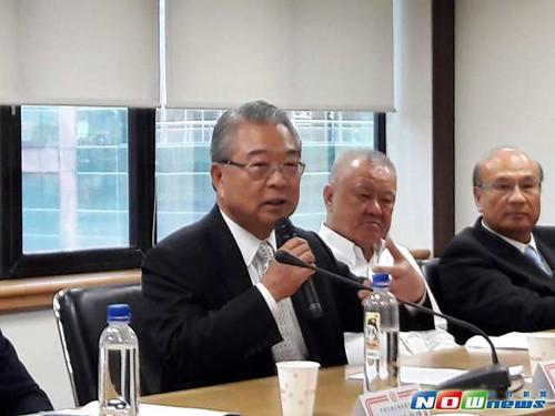 圖05.對於「一例一休」修法,工總理事長許勝雄(中)表示,希望落實信任機制。