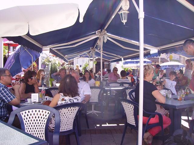 Terrasse de café à Sancerre