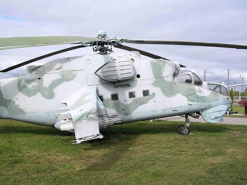 Mi-24 Hind (2)