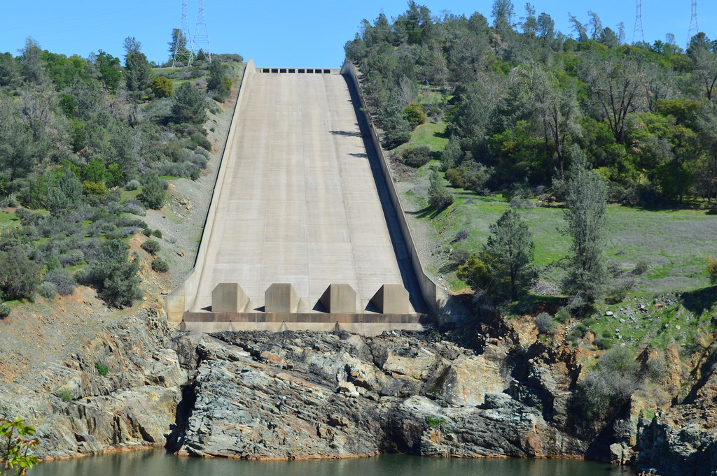 Oroville Dam spillway | Go Green Initiative | Flickr