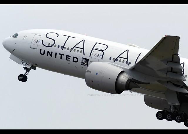B777-200ER | United | Star Alliance | N76021 | VHHH