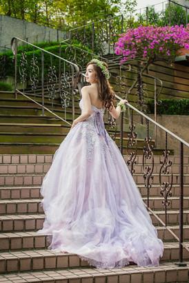 #新娘婚禮造型 #新秘希寧FB搜尋:@audreymakeup。照片來源:婚攝Edwardlimage studio | by 【AH專業彩妝造型】新娘秘書-希寧(Audr