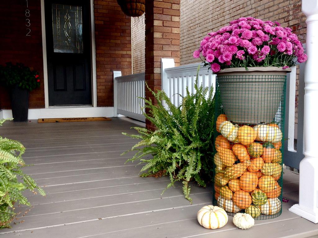 DIY Pumpkin Plant Stand