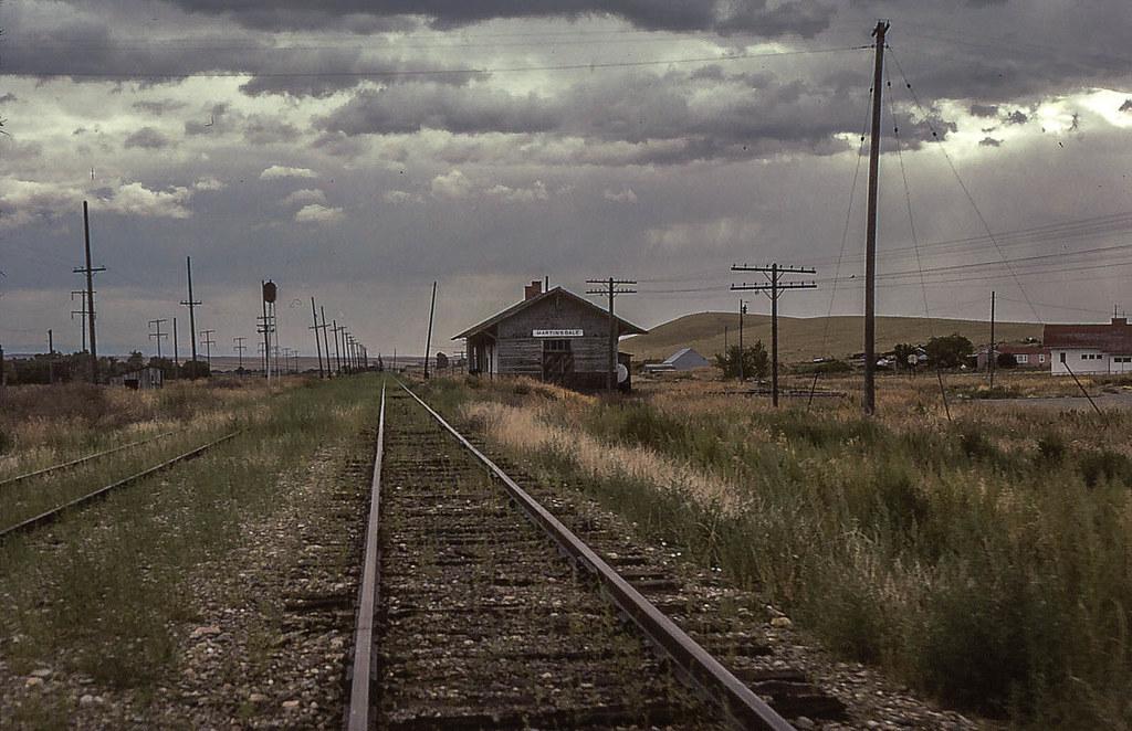 14105272828 a5758cf38a b - Electric Railroad through the Rockies
