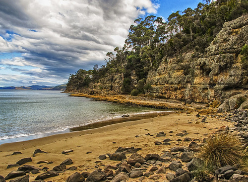 ocean beach landscape day cloudy cliffs tasmania coastline boroniabeach