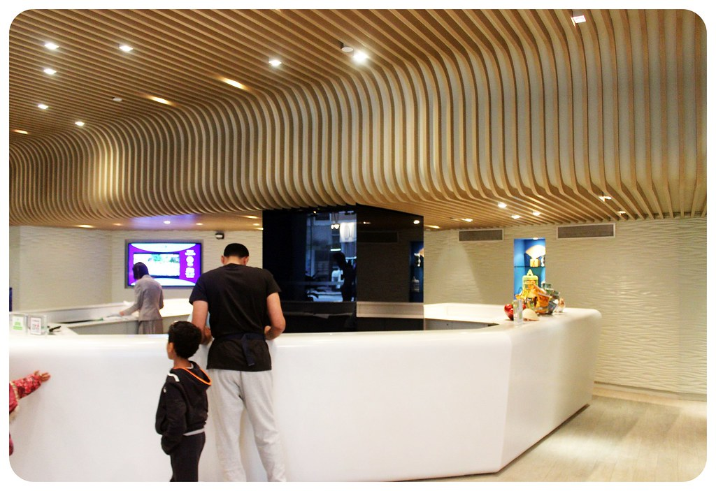 ozo wesley hong kong reception and ceiling
