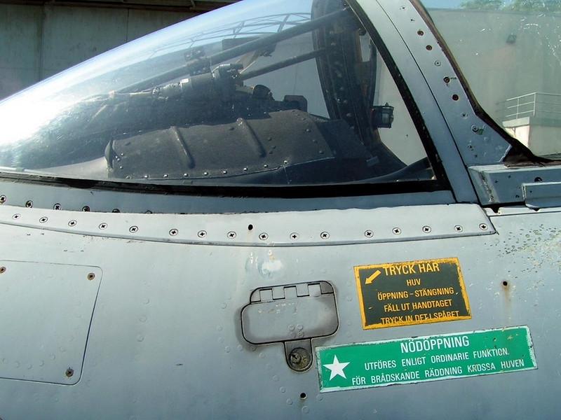 SAAB J-35 Draken (6)